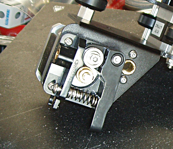 Creality_Ender_3_New_Extruder-03.png