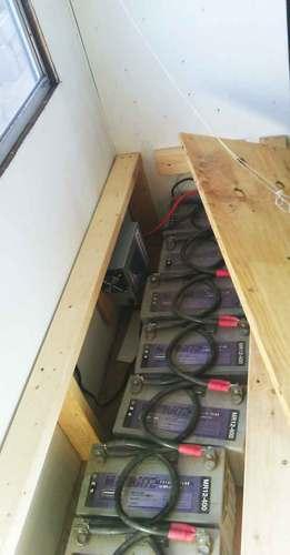 2014-09-23-battery-box-02.jpg