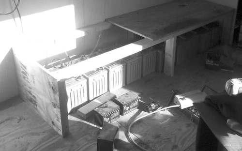 2014-09-23-battery-box-03.jpg