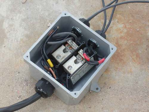 junction-box-006-small.jpg