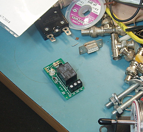 relay-pcb-02.jpg
